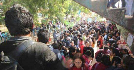 grupo-de-universitarios-de-la-rene-moreno-realizo-fuertes-protestas-a-pocos-dias-de-las-elecciones_367497