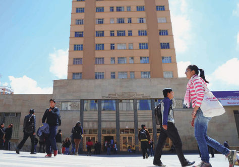 monoblock-vista-universidad-plaza-bicentenario_lrzima20141011_0019_11
