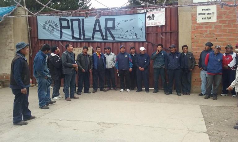 Obreros de la fábrica POLAR en huelga