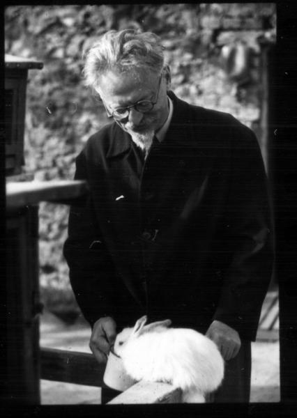 A LA MEMORIA DEL VIEJO (Obituario de León Trotsky)