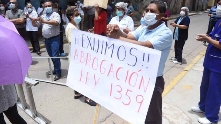 POR LA ABROGACIÓN DE LA LEY Nº1359, FORTALECER LA LUCHA DEL SECTOR SALUD, ADEPCOCA Y MAGISTERIO